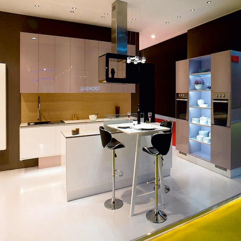 Raem Designs Kitchen Interior